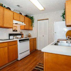 apartment-photo_kitchen3